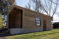Cabaña irma Cabezas, Chile / Architects: Diego Mendoza Valenzuela Year 2010 Built area: 60 m²Land Area: 5,000 m²