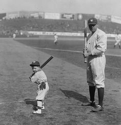 """vintagesportspictures: """" New York Yankees mascot Little Ray Kelly with Babe Ruth """" Beautiful pic of a beautiful game! Baseball Posters, Sports Baseball, Baseball Memes, Baseball Stuff, Baseball Cards, Yankees Baby, New York Yankees, Mlb, Sports Illustrated Models"""