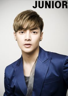 kim Joon is awesome!!!! and also handsome, cute and funny i don't know why he doesn't  get as much popularity as the other members of F4  not kl