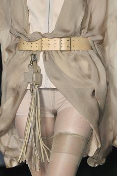 Women S Fashion Dresses Online Fast Fashion, I Love Fashion, Fashion Details, High Fashion, Fashion Beauty, Womens Fashion, Fashion Design, Fashion Trends, Beige