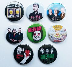 8 piece lot of Green Day pins buttons badges