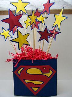 Decoración de Fiestas Superman .  Uno de los superheroes preferidos por los niños es Superman. El famoso hombre de acero salva al mundo con ...