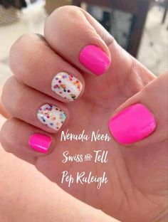 This gorgeous pink and glitter mixed mani is all Color Street! Do this in minutes at home with no mess and no dry time! This is Nevada Neon, Swiss and Tell, and the clear glitter overlay Pep Raleigh! Love Nails, How To Do Nails, Pretty Nails, Sassy Nails, Nail Color Combos, Nail Colors, Nail Art Designs, Ten Nails, Manicure Y Pedicure