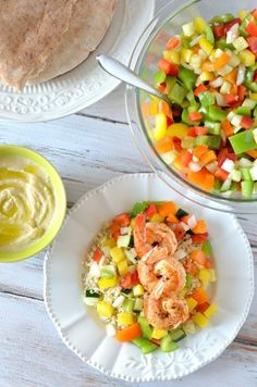 This Israeli Salad Recipe is a staple in our home. We make it weekly and we love it with many recipes, especially with our Mediterranean Rice! Easy to make recipe and if you're looking to add some colorful raw veggies to your diet, this is it! Tomato Salad Recipes, Greek Salad Recipes, Best Salad Recipes, Kebab Recipes, Vegetable Recipes, Healthy Recipes, Kofta Kebab Recipe, Israeli Salad, Atkins Recipes