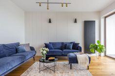 Mieszkanie na Woli - zobacz ciekawy miks stylów - Galeria - Dobrzemieszkaj.pl Sofa, Couch, Pantone, Furniture, Home Decor, Blog, Lounges, Settee, Settee