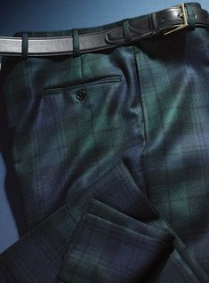 Black Watch Wool Trousers in Forward Pleat Mens Plaid Pants, Tartan Men, Tartan Suit, Mens Slacks, Mens Dress Pants, Men's Pants, Linen Suit, Linen Trousers, Mens Fashion Suits