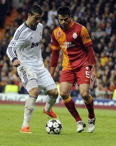3 Real Madrid-Galatasaraya 0; ida de cuartos de final de la UEFA Champions League.