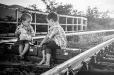 Photo: Ania Ciolacu Bw Photography, Railroad Tracks, Little Boys, Lifestyle, Couple Photos, Couples, Facebook, Couple Shots, Couple Photography