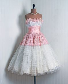 1950's Vintage Ivory-White Tulle and Baby-Pink Embroidered Eyelet-Chiffon Couture Low-Plunge Sweetheart Shelf-Bust Strapless Ballerina-Cupcake Rockabilly Tiered-Ruffle Princess Full Circle-Skirt Swing