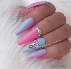 baby blue nails designs Cute Pink and Light Blue Nail Art Design for Coffin Nails Ongles Baby Blue, Baby Blue Nails, Ongles Bling Bling, Bling Nails, Dope Nails, Acrylic Nail Designs, Nail Art Designs, Acrylic Nails, Light Blue Nail Designs
