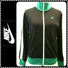 Nike Zip Up Jacket Nike Sportswear Jacket, Polyester/Cotton Material, Zippered Side Pockets in Nike Silver  Metal Logo, Mint Condition Nike Jackets & Coats