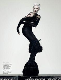 Tilda Swinton. Incredible actress. Atypical beauty!