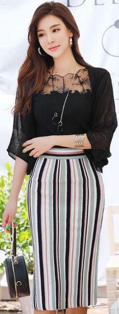 StyleOnme_Pinstripe Knit Pencil Skirt #pinstripe #knit #pencilskirt #feminine #koreanfashion #kstyle #kfashion #seoul #dailylook #summer