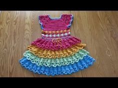 Crochet Baby Girls Rainbow Dress (Video) -