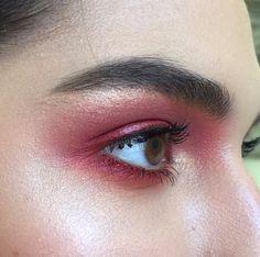 Blown out cranberry smokey eyes