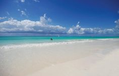 Zanzibar - All Inclusive - 15 dage Hotels, Diy Jewelry Necklace, All Inclusive Resorts, Black Jewelry, Island Life, Beautiful Islands, Luxury Jewelry, Tanzania, Beach