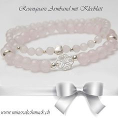 Rosenquarz Armband mit 925 Sterling Silber www.mineralschmuck.ch Schmuck Online Shop, Amethyst, Pearl Earrings, Beaded Bracelets, Pearls, Jewelry, Fashion, Sterling Silver Jewelry, Pink Quartz