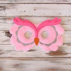Items similar to Owl Mask - Kids Animal Mask - Pretend Play - Dress Up - Halloween - Party Favors on Etsy Halloween Party Favors, Up Halloween, Halloween Costumes For Kids, Halloween Crafts, Animal Masks For Kids, Animals For Kids, Mask For Kids, Pink Animals, Felt Animals
