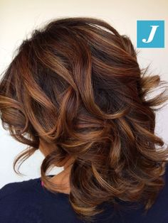 Sfumature d'autunno _ Degradé Joelle #cdj #degradejoelle #tagliopuntearia #degradé #igers #musthave #hair #hairstyle #haircolour #longhair #ootd #hairfashion #madeinitaly #wellastudionyc