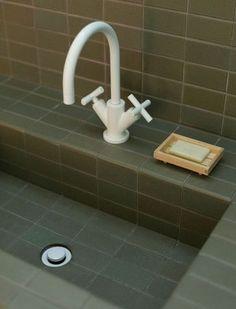 Katie Lockhart Studio Heath Ceramic Tile Bathrooms Photo by Neeve Woodward Bathroom Colors, Bathroom Sets, Bathroom Faucets, Washroom, 50s Bathroom, Disney Bathroom, Bathroom Green, White Bathrooms, Brown Bathroom