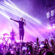 "269 Likes, 1 Comments - Imagine Dragons Gallery (@imaginedragons_gallery) on Instagram: ""Imagine Dragons at Orange Warsaw Festival in Warsaw, Poland, June 3.  Photo: Karo Lewandowska…"""