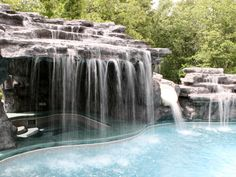 Pool with hot tub cave, yes please!