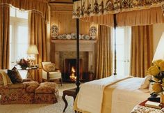 border on bed canopy ~ Bunny Williams design--Love the very full drapes and valence, which makes the room so luxurious.