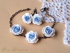 Делаем браслет из роз. Making bracelet of roses.