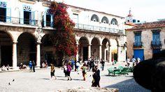 Cinco palacios coloniales para disfrutar en un recorrido por la Habana Vieja https://onlinetours.es/blog/post/877/cinco-palacios-coloniales-para-disfrutar-en-un-recorrido-por-la-habana-vieja La #Habana es una ciudad donde la arquitectura de diversas épocas sorprende al doblar cualquier esquina. Edificios en todo su esplendor atraen a conocedores y admiradores de esos espacios en los que el hombre ha crecido a través de los siglos...