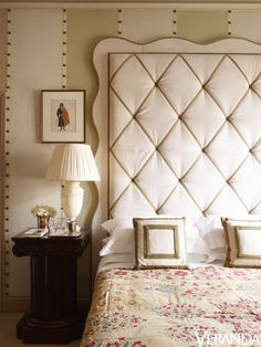 HOUSE TOUR: A World Of Style Imbues A Festive London Home