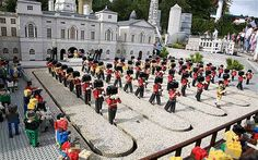 legoland will display a 10-cm high model of the Queen, including a miniature crown made of real diamonds.