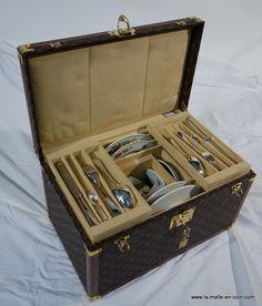 Louis Vuitton picnic  trunk   http://www.la-malle-en-coin.com