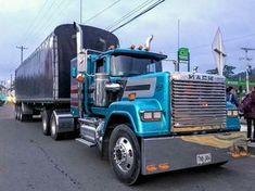 Trucks Only, Big Trucks, Classic Tractor, Classic Trucks, Old Mack Trucks, Mack Attack, Trailers, Truck Transport, Peterbilt 379