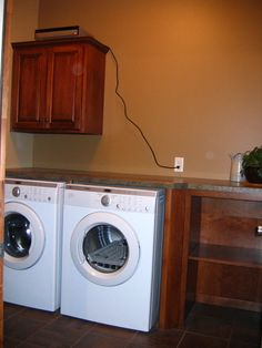 Prairie Heritage Cabinetry - Sioux Falls, SD Sioux, Laundry Rooms, Mudroom, Sd, Lockers, Home Appliances, House Appliances, Laundry Room, Domestic Appliances