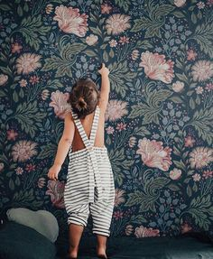 Wallpapers for Girls Rooms - by Kids Interiors