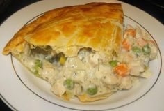 The BEST Chicken Pot Pie Ever! The BEST Chicken Pot Pie Ever! Used a rotisserie chicken, mixed veggies with carrots, onions and celery. Used heavy cream instead of half and half. 10 inch cast iron skillet which I preheated for about 10 minutes. Best Chicken Pot Pie, Chicken Recipes, Chicken Pot Pie Recipe Pioneer Woman, Large Chicken Pot Pie Recipe, Chicken Pot Pie Casserole, Chicken Pot Pie Recipe Pillsbury, Quick Chicken Pot Pie Recipe, Chicken Pie Puff Pastry, Chicken Pop Pie