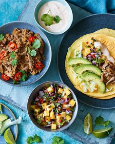 Slow-cooked duck tacos with pineapple salsa - delicious. Duck Recipes, Mexican Food Recipes, Ethnic Recipes, Savoury Recipes, Meat Recipes, Pineapple Salsa, Pesto, Tempeh, Plant Based Recipes