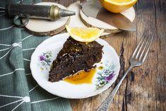 Cizrnový koláč sčokoládou arumovým sirupem   Blog VinoDoc Brownies, Eggs, Pudding, Treats, Cooking, Breakfast, Sweet, Blog, Syrup