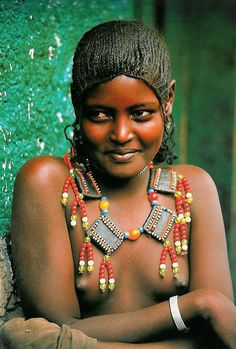 Africa | Afar girl, Eritrea. | © Carol Beckwith and Angela Fisher in a study of the women of the Horn of Africa.