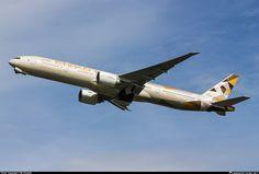 A6-ETB Etihad Airways Boeing 777-3FX(ER)
