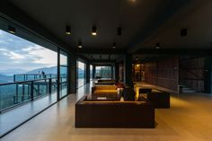Gallery of Hotel by the Water Falls / Palinda Kannangara Architects - 4