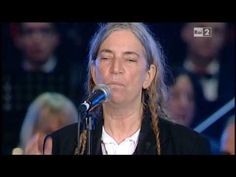 """[HD] """"People Have the Power"""" Patti Smith / Arisa - YouTube"""