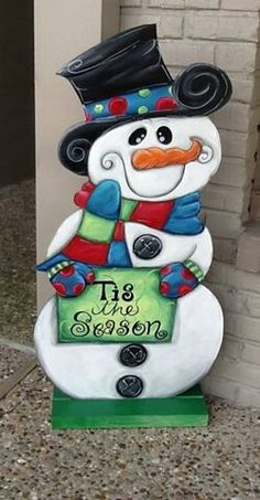 Wooden Snowman yard art