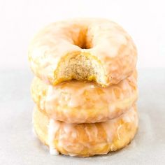 Healthy Baked Krispy Kreme Donuts - The Big Man's World ® Baked Donut Recipes, Baked Donuts, Keto Donuts, Doughnuts, Bread Recipes, Krispy Kreme Donut Recipe, Sugar Free Donuts, Low Carb Donut, Donut Calories