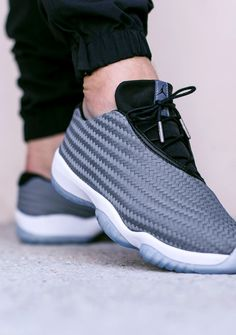 AIR JORDAN FUTURE LOW 'COOL GREY' (via Kicks-daily.com)