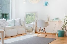 Bright small cozy room with sophisticated decorations. Let light in! Culture Cheat Sheet