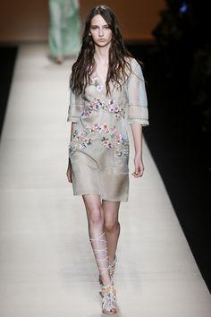 Alberta Ferretti ready-to-wear Spring/Summer 2015|33