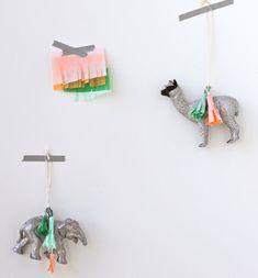 15 Simple DIY Ornaments