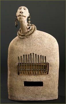 Roelna ceramic sculpture