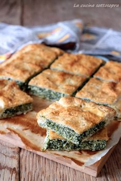 torta rustica di sfoglia ricotta e spinaci Pizza E Pasta, Cold Dishes, Easy Holiday Recipes, Quiche, Antipasto, Four, Vegetable Recipes, Finger Foods, I Foods